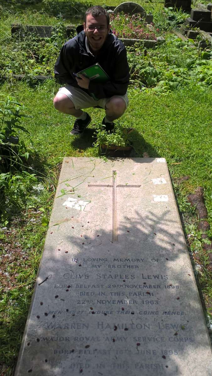 The final resting place of the brothers Lewis